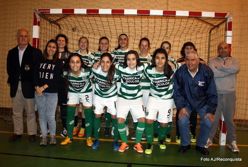 Futsal  Verdes (e brancas) amadurecem no feminino a12b952265504