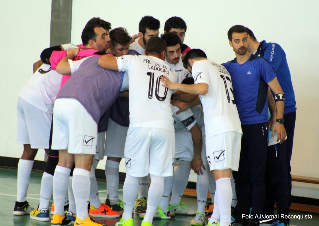 Futsal  Ladoeiro ganha vantagem na final do play-off distrital ... 4b514da74e20d
